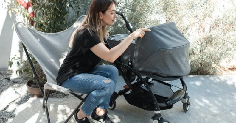Полезни съвети при избора на бебешка количка